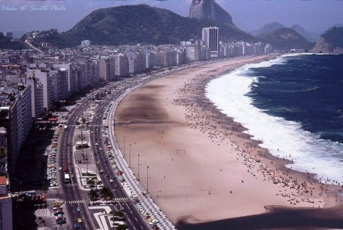 Секси бразильянки на пляжах Рио-де-Жанейро в 70-х годах