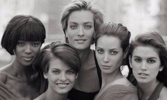 Сравнение девушек из 90-х и сегодняшнего времени