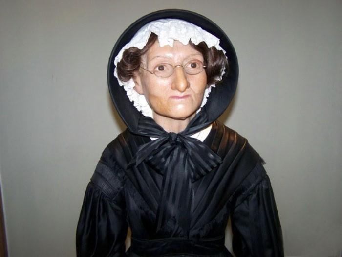 История мадам Тюссо: от посмертных масок убийц и убитых до всемирно известного музея