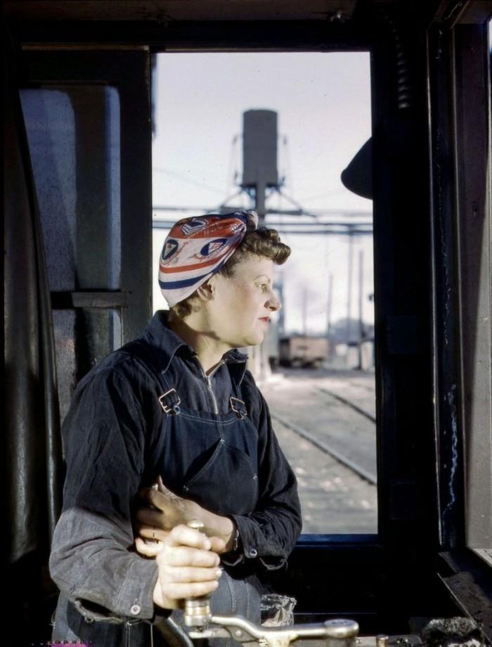Как работали женщины на железной дороге во времена Второй Мировой Войны