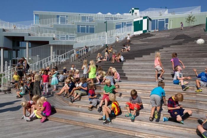 Новая школа в столице Дании (14 фото)