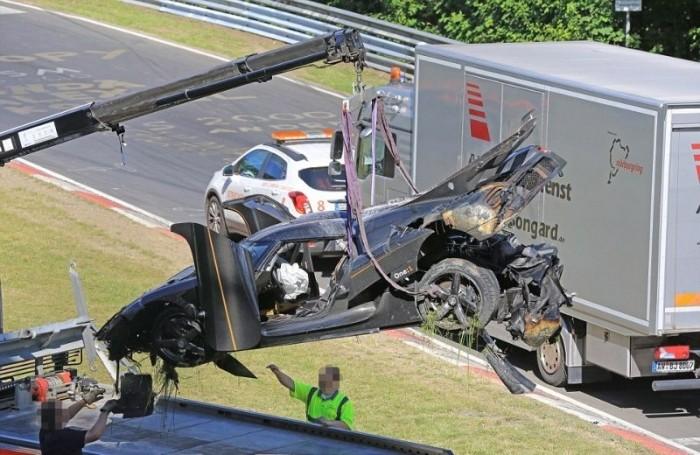 На трассе Нюрбургринг разбили гиперкар Koenigsegg One:1 за 6 миллионов долларов