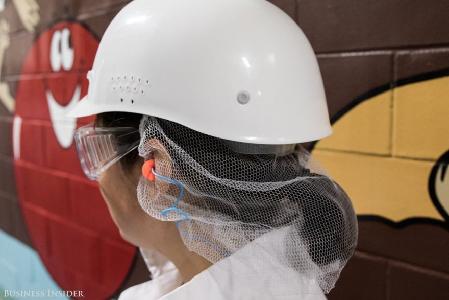 На фабрике M&M's: как производят конфеты, которые тают во рту, а не в руках