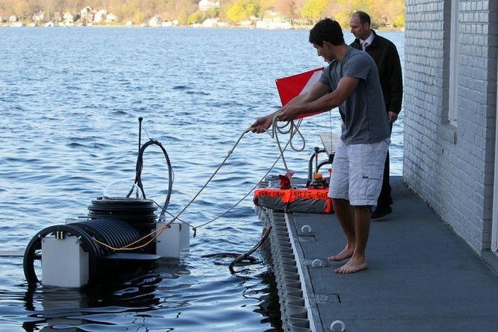 Самодельная подводная лодка (7 фото)
