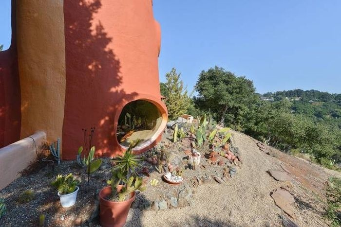 Необычный дом в Калифорнии