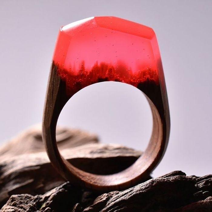Крутое кольцо из дерева