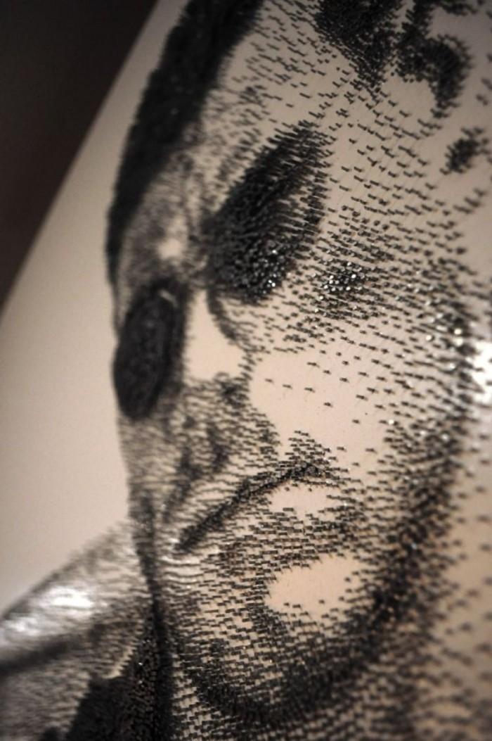Картины, созданные из сотен тысяч гвоздей