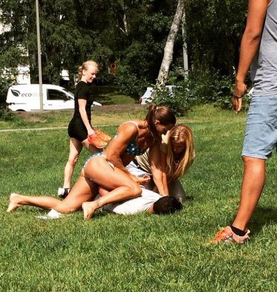 Шведская полицейская в бикини скрутила карманника