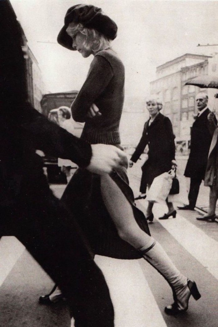 Выразительная сексуальность девушек 70-х годов
