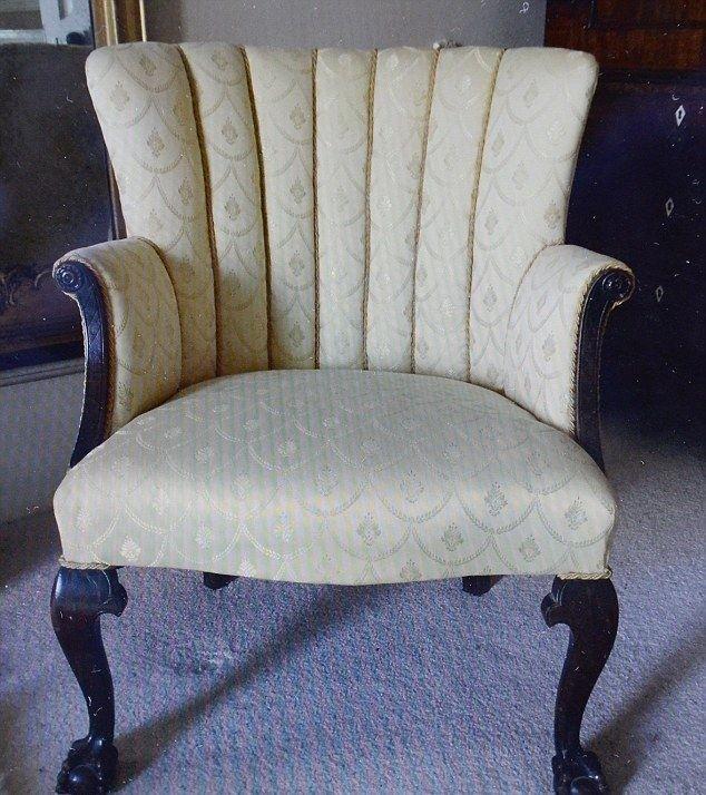 Драгоценности в стуле, купленном за пять фунтов