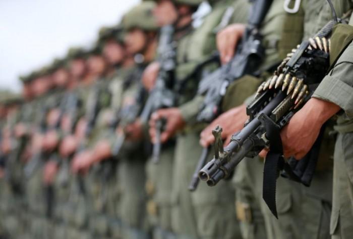 Рейд колумбийского спецназа по нарколабораториям в джунглях