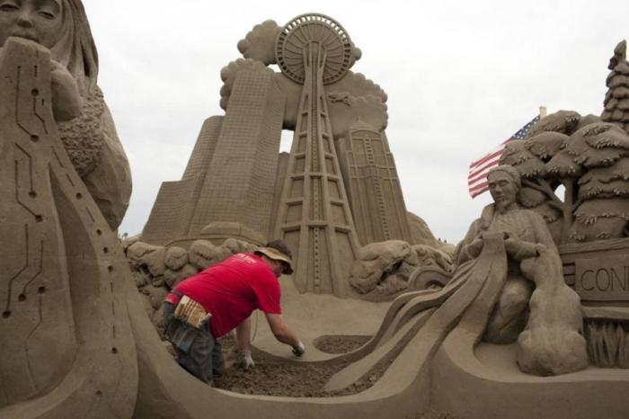Конкурс скульптур из песка (34 фото)