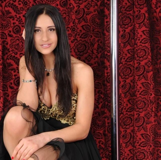 Яна Егорян - чемпионка Олимпиады по фехтованию