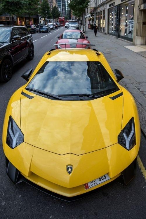 Автомобили ближневосточных гостей Лондона