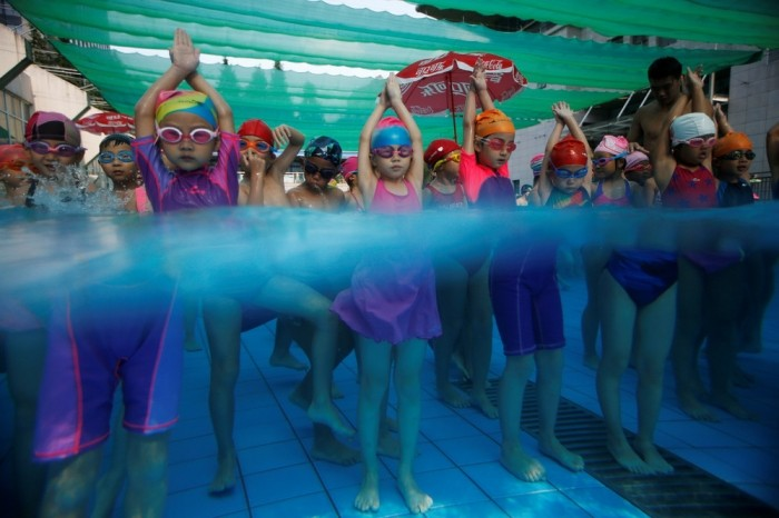Детская школа плавания в Китае