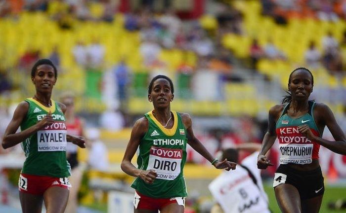 На Олимпиаде в Рио бегунья из Эфиопии пробежала 1,5 км в одном кроссовке