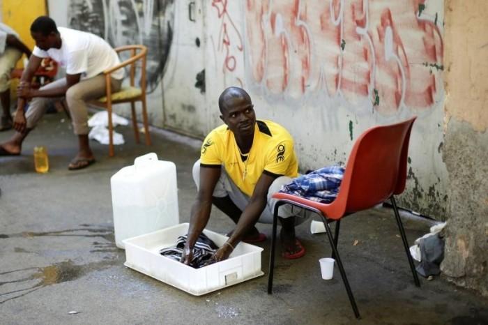 Жизнь африканских мигрантов в Риме