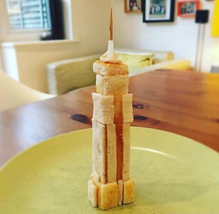 Отец каждое утро мастерит скульптуры из тостов для дочери с пищевой аллергией