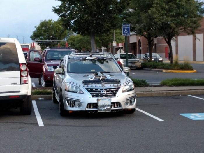 Садо-мазо машинка гонщика из Вирджинии