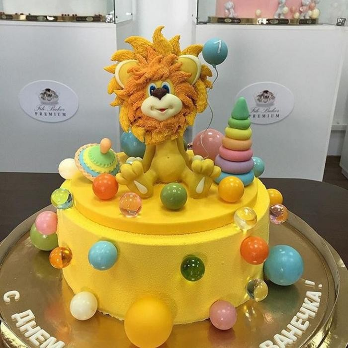 Реалистичные торты от Рената Агзамова (22 фото)