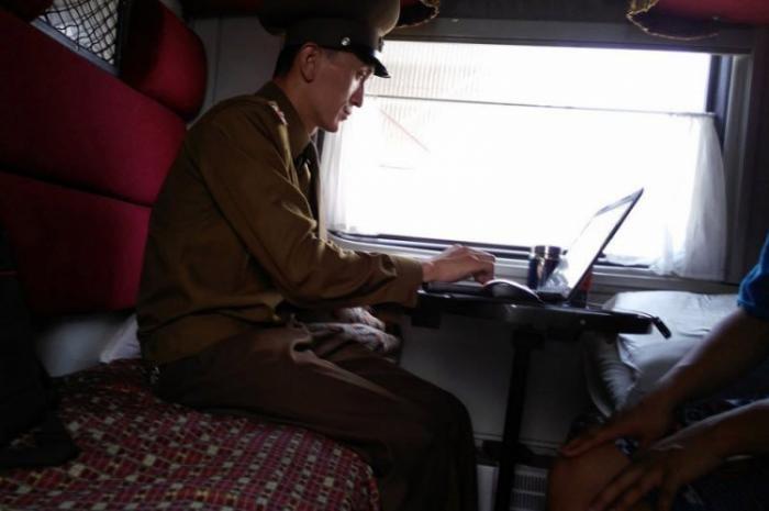 Нищета северокорейской глубинки без купюр (14 фото)