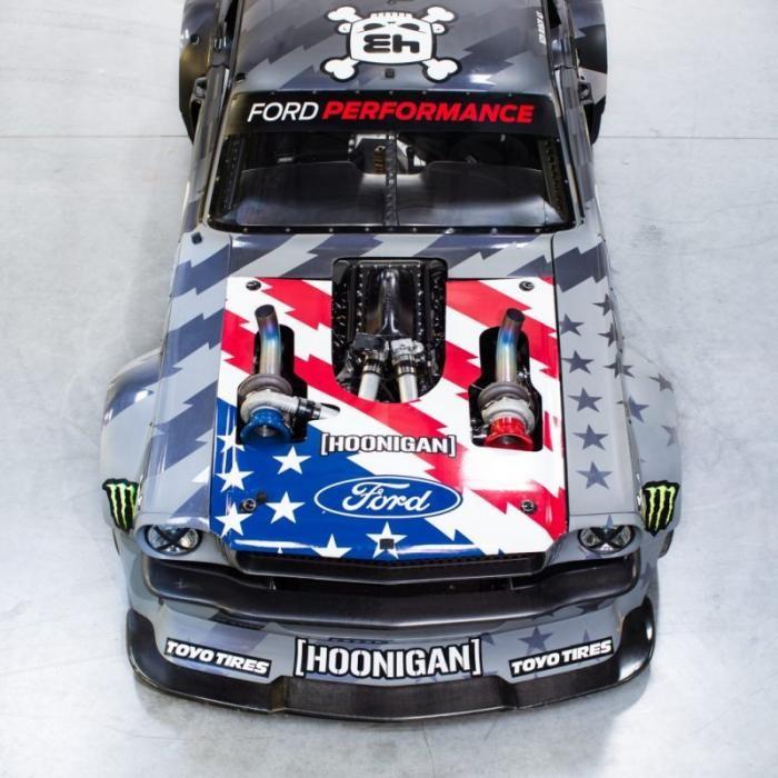 Кен Блок показал свой новый 1400-сильный Ford Mustang (9 фото)