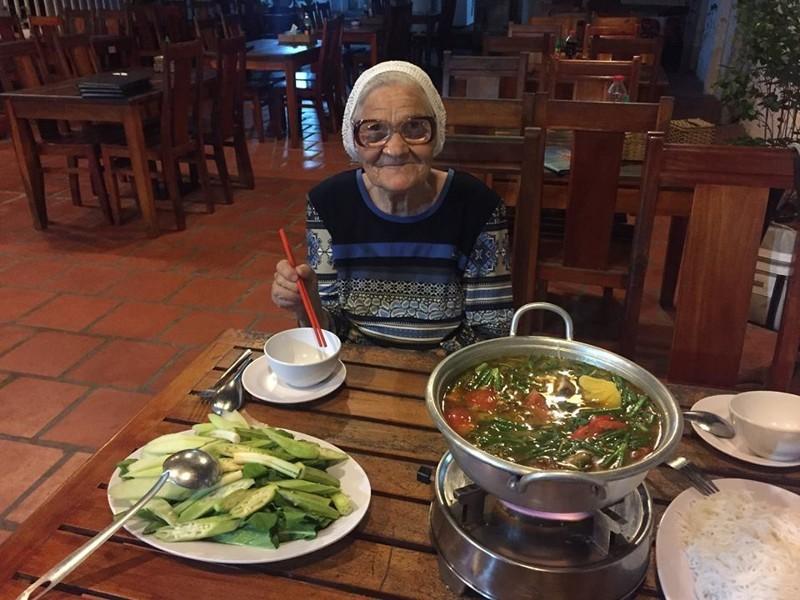 89-летняя жительница Красноярска путешествует по миру на свою пенсию