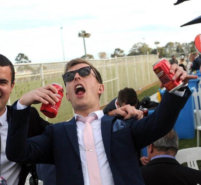 Австралийские скачки Geelong Cup