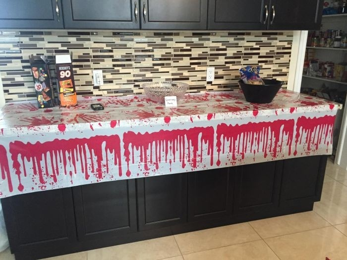 Вечеринка в стиле «Ходячих мертвецов»