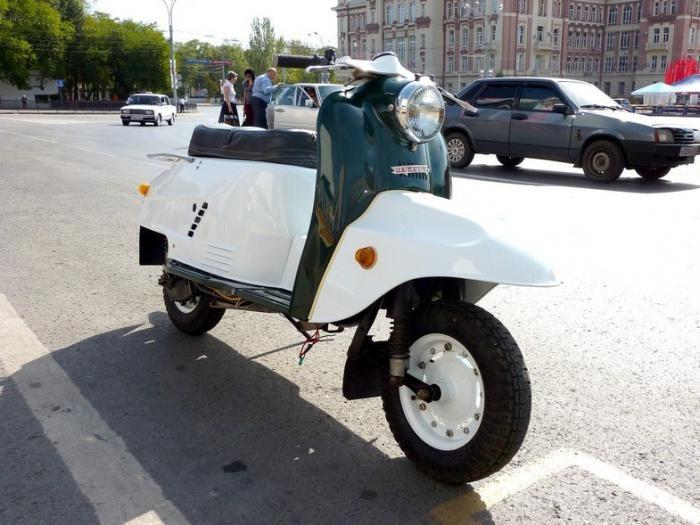 Легендарные советские мотороллеры (9 фото)