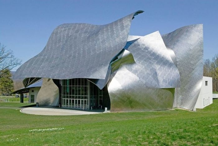 Здания с удивительной архитектурой