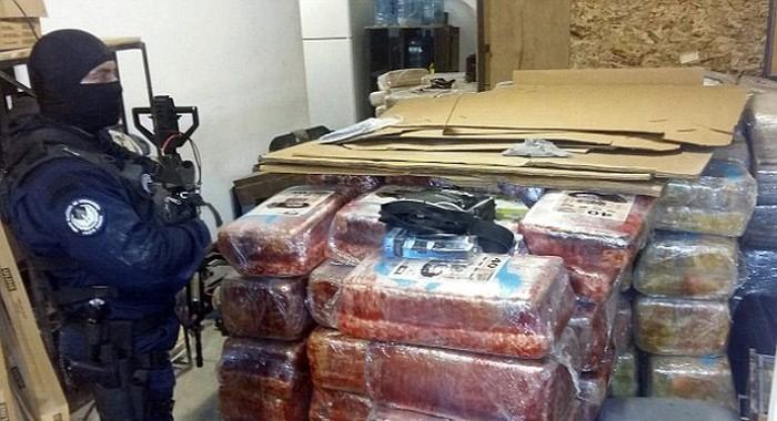 Полицейский США и Мексики «накрыли» крупнейший тоннель для транспортировки наркотиков (4 фото)