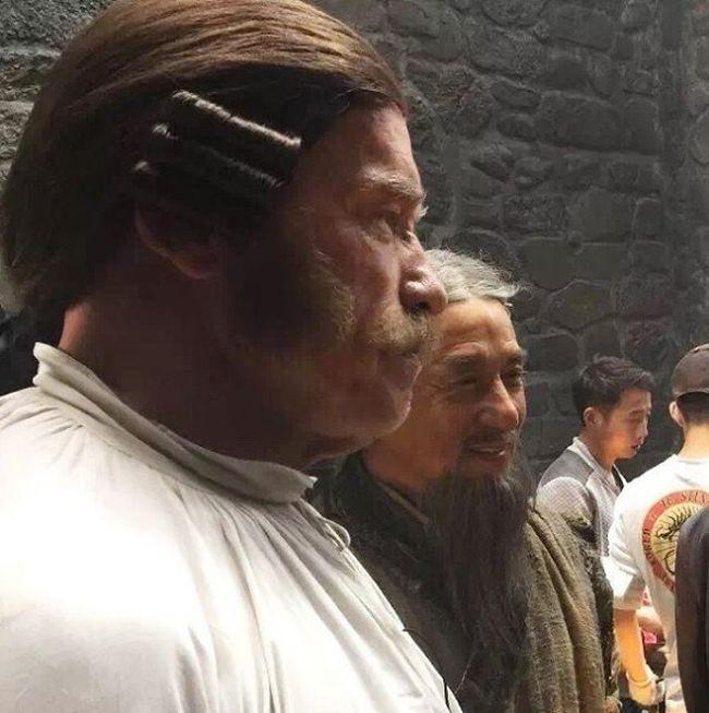 Арнольд Шварценеггер и Джеки Чан снимаются в фильме «Вий 2» (3 фото)