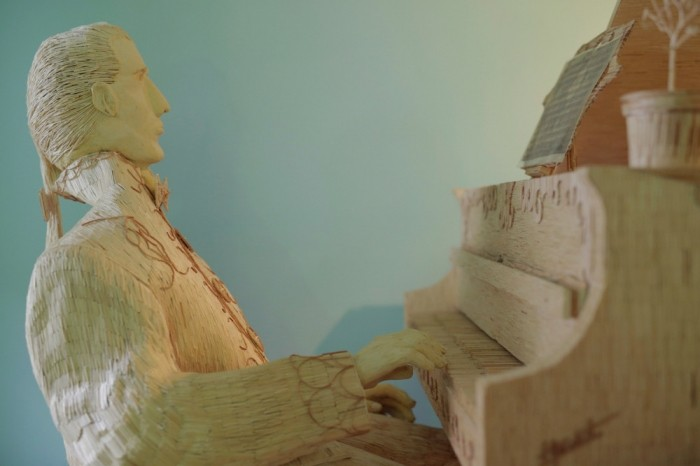 Удивительная скульптура из спичек