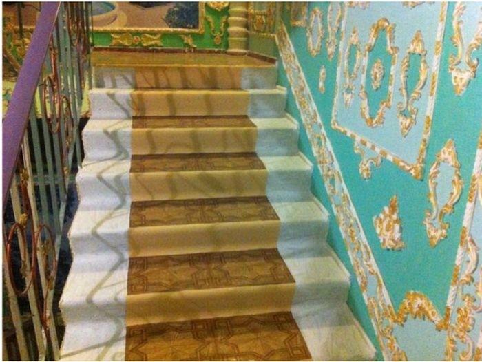 Настоящий музей в подъезде обычной киевской многоэтажки