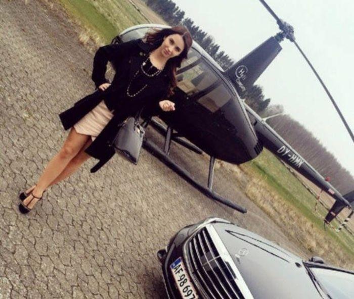 Очаровательная девушка-политик из Дании