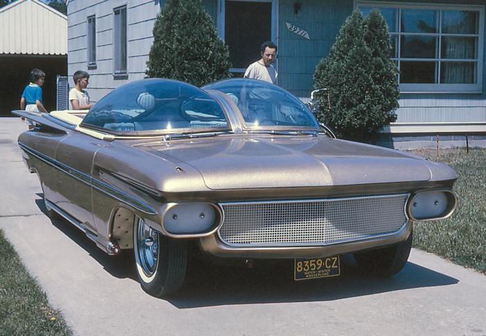 Chevrolet Ultimus - концепт, к которому не были готовы его современники (9 фото)