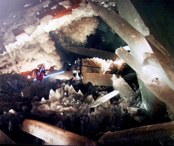 Удивительная мексиканская пещера кристаллов