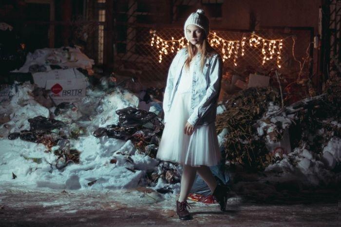 Жители Астрахани устроили флешмоб против мусора на улицах