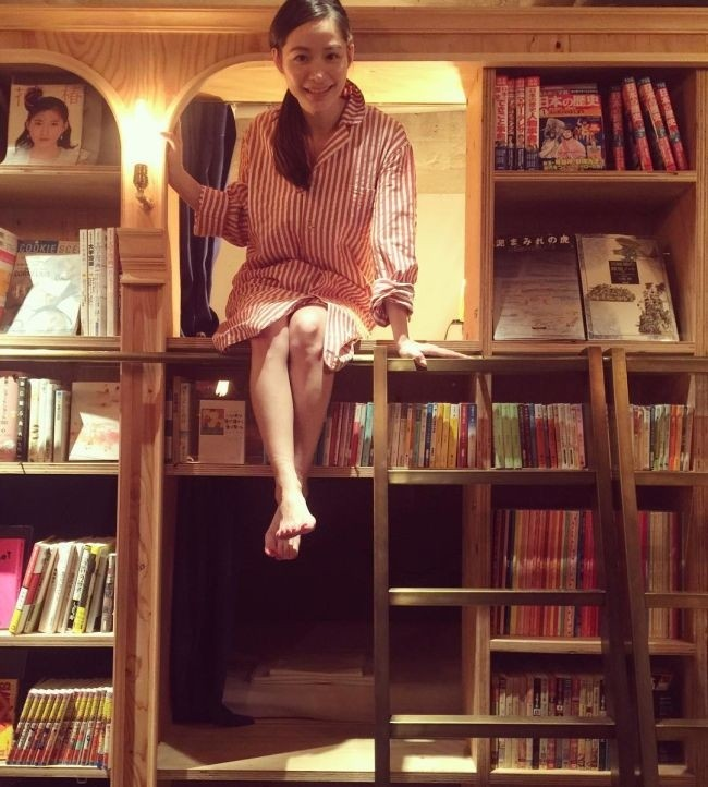 «Книжный» хостел в Японии