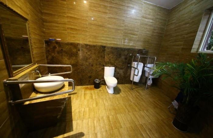 Пятизвездочный общественный туалет в Китае
