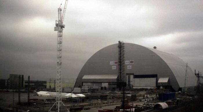 Новая арка над Чернобыльской АЭС