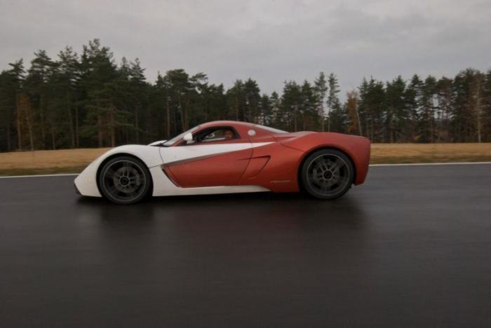 Автомобили Marussia выставили на продажу (17 фото)