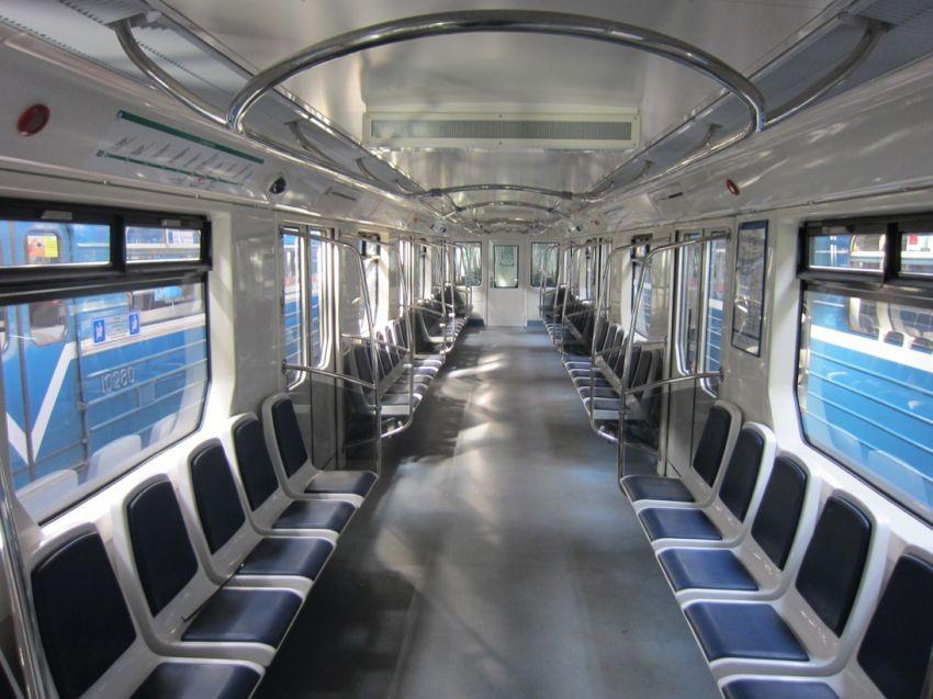 Как выглядят вагоны метро в разных странах мира