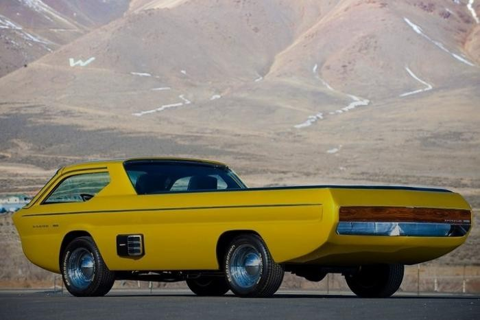 10 необычных машин со всего мира (10 фото)