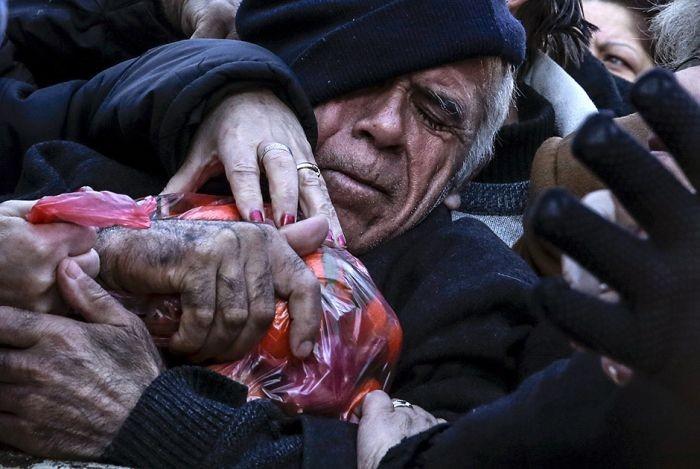 Главные фото года по версии агентства Reuters (32 фото)