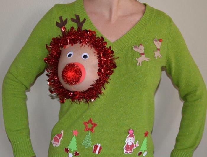 Откровенные рождественские наряды