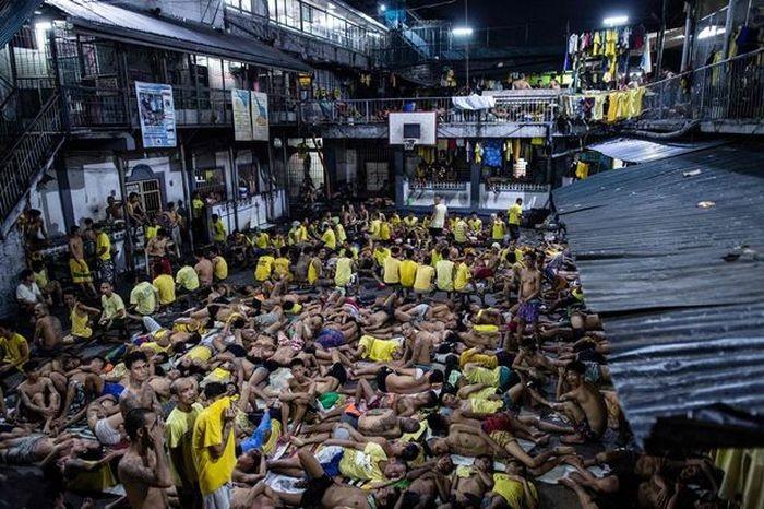 Филиппинская тюрьма Кесон-Сити Джейл (6 фото)