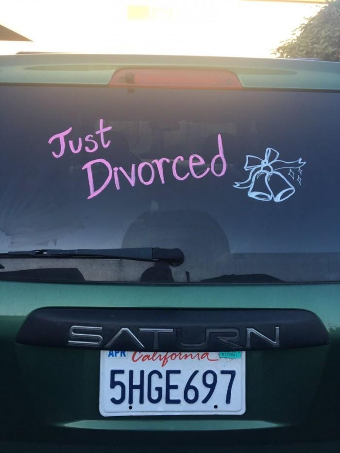 Вечеринка в честь развода после 24 лет брака