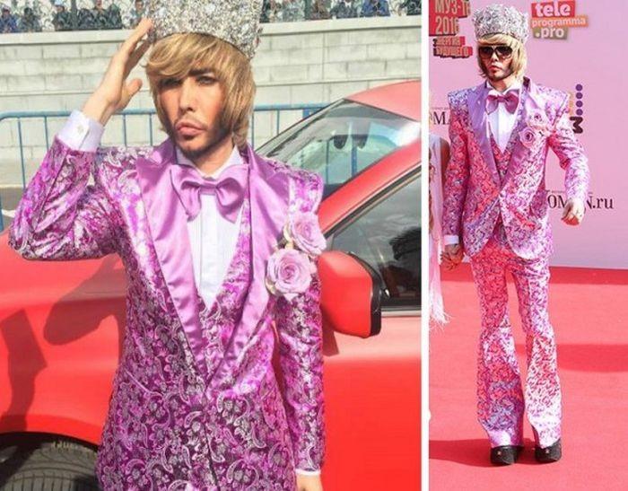 Безвкусные наряды наших знаменитостей (9 фото)